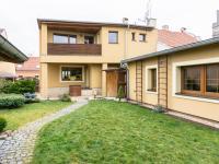 Prodej domu v osobním vlastnictví 200 m², Unhošť
