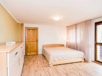 ložnice v patře (Prodej domu v osobním vlastnictví 200 m², Unhošť)