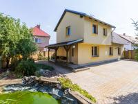 rodinný dům (Prodej domu v osobním vlastnictví 384 m², Zápy)