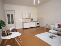 Kuchyňský kout (Prodej bytu 2+kk v osobním vlastnictví 67 m², Praha 8 - Karlín)