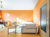 Obývací pokoj - Prodej bytu 2+kk v osobním vlastnictví 43 m², Praha 5 - Motol
