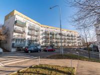 Pohled na dům  (Prodej bytu 2+kk v osobním vlastnictví 43 m², Praha 5 - Motol)