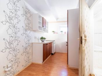 Kuchyňský kout - Prodej bytu 3+1 v osobním vlastnictví 57 m², Praha 6 - Dejvice