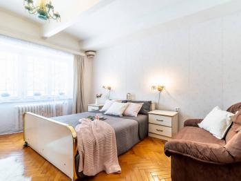 Ložnice - Prodej bytu 3+1 v osobním vlastnictví 77 m², Praha 6 - Dejvice