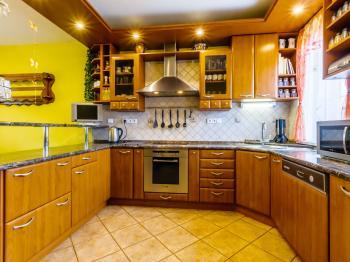 kuchyně - Prodej domu v osobním vlastnictví 220 m², Dřevčice
