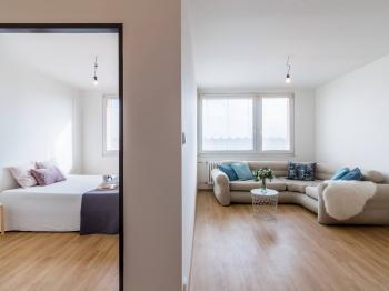 Pronájem bytu 2+kk v osobním vlastnictví 60 m², Praha 8 - Libeň