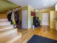 předsíň - Prodej domu v osobním vlastnictví 186 m², Zápy