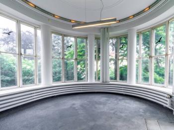 Přemýšlíte co s tímto prostorem? - Pronájem domu v osobním vlastnictví 550 m², Praha 10 - Vršovice