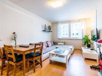 obývací pokoj - Prodej bytu 2+kk v osobním vlastnictví 44 m², Praha 5 - Zbraslav