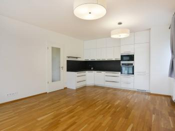 Pronájem bytu 2+kk v osobním vlastnictví 67 m², Praha 8 - Libeň