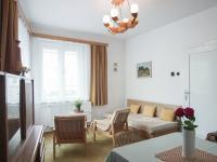 obývací pokoj 1.byt - Prodej domu v osobním vlastnictví 300 m², Sokolov