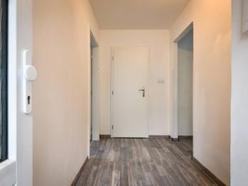 předsíň - Pronájem bytu 2+kk v osobním vlastnictví 42 m², Slaný