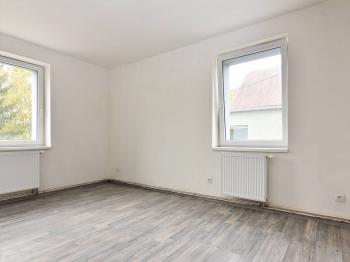 ložnice - Pronájem bytu 2+kk v osobním vlastnictví 42 m², Slaný