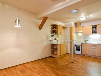 Současná kuchyně má vše, co potřebujete... - Prodej bytu 1+1 v osobním vlastnictví 59 m², Zábřeh