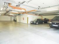 Pronájem garážového stání 18 m², Praha 10 - Štěrboholy