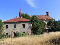 Prodej historického objektu 350 m², Velemín