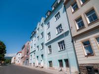 Prodej nájemního domu 850 m², Košťany