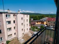 Výhled z balkonu (Prodej nájemního domu 850 m², Košťany)