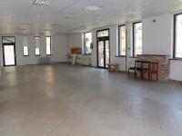 Pronájem obchodních prostor 220 m², Bílina