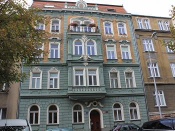 Pronájem bytu 1+kk v osobním vlastnictví 25 m², Bílina