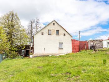 Pohled zezadu - Prodej domu v osobním vlastnictví 162 m², Nová Ves v Horách