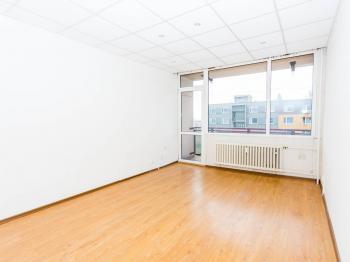 Obývací pokoj - Prodej bytu 2+1 v družstevním vlastnictví 64 m², Litvínov