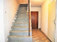 vstup do podkroví ... (Prodej domu v osobním vlastnictví 84 m², Habry)