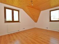ložnice ... (Prodej domu v osobním vlastnictví 236 m², Havlíčkův Brod)