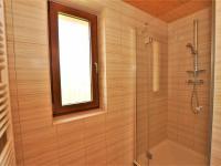 2. koupelna ... (Prodej domu v osobním vlastnictví 236 m², Havlíčkův Brod)