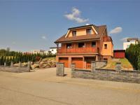od jihu ... (Prodej domu v osobním vlastnictví 236 m², Havlíčkův Brod)