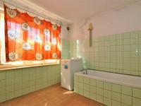 koupelna ... (Prodej domu v osobním vlastnictví 153 m², Havlíčkův Brod)