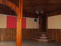 Obývací pokoj - Prodej domu v osobním vlastnictví 700 m², Krouna