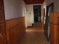 Chodba - Prodej domu v osobním vlastnictví 700 m², Krouna