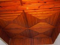 Kazetový strop - Prodej domu v osobním vlastnictví 700 m², Krouna