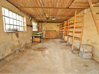 garáže ... - Prodej domu v osobním vlastnictví 294 m², Rozsochatec