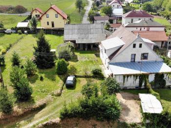 na slušném pozemku ... - Prodej domu v osobním vlastnictví 294 m², Rozsochatec