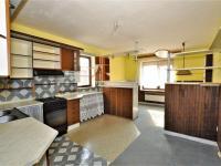 kuchyně s jídelnou ... - Prodej domu v osobním vlastnictví 294 m², Rozsochatec