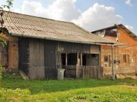 stodola a vejmiňkem ... ... - Prodej domu v osobním vlastnictví 294 m², Rozsochatec