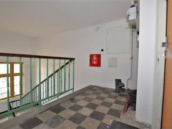 vstup k budoucímu bytu ... - Prodej bytu 2+kk v osobním vlastnictví 56 m², Havlíčkův Brod