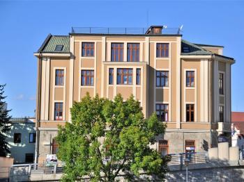 v domě na nábřeží ... - Pronájem bytu 2+kk v osobním vlastnictví 55 m², Havlíčkův Brod