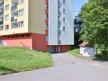 Pronájem garážového stání 18 m², Jihlava