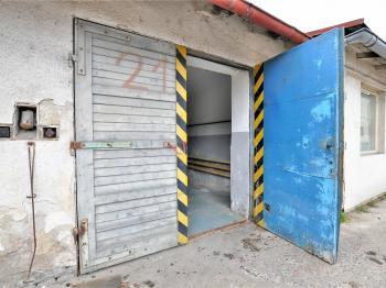 vstup ... - Pronájem garáže 18 m², Havlíčkův Brod
