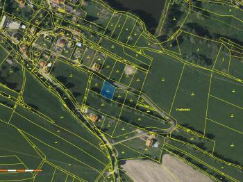 Prodej pozemku 914 m², Ostředek