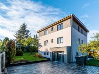Pronájem domu v osobním vlastnictví, 100 m2, Praha 5 - Hlubočepy