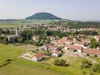 Umístění stodoly - Prodej zemědělského objektu 295 m², Krabčice