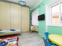 dětský pokoj v patře - Prodej domu v osobním vlastnictví 162 m², Prackovice nad Labem