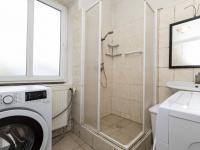 koupelna v patře - Prodej domu v osobním vlastnictví 162 m², Prackovice nad Labem