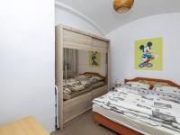 loznice v přízemí - Prodej domu v osobním vlastnictví 162 m², Prackovice nad Labem