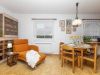 Jídelna - Prodej domu v osobním vlastnictví 151 m², Krabčice