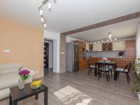 Kuchyň - Prodej domu v osobním vlastnictví 142 m², Chodouny